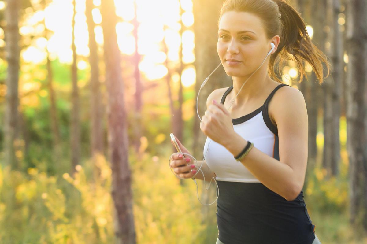 Comment la musique peut améliorer vos performances sportives?